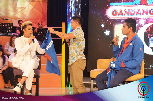 LOOK: Kulitan at tawanan with Team Gilas sa GGV